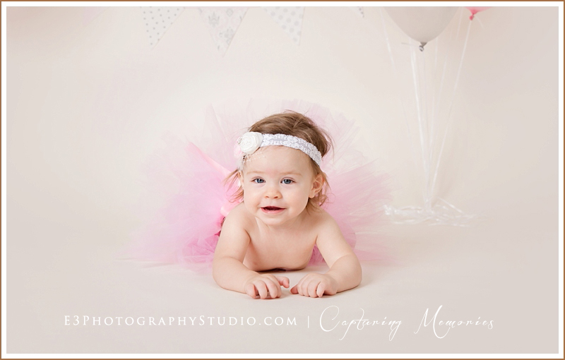 Miss Gracyn Turns One | A Birthday Cake Smash Session
