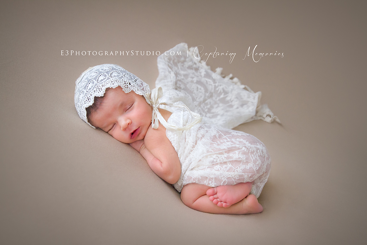 Welcome Miss Quinn | A Newborn Modelling Session